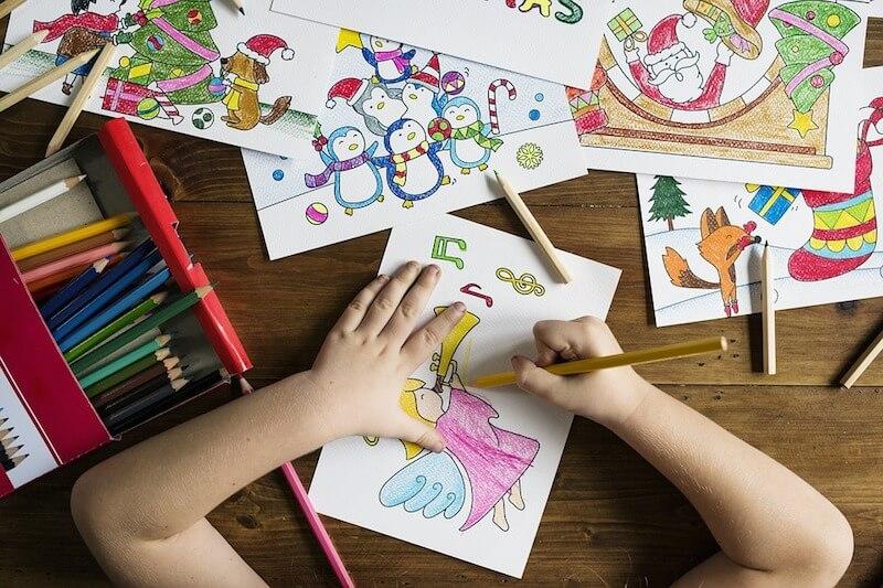 幼児向け英会話教室のメリットとデメリット|未就学児に英語学習が必要な理由