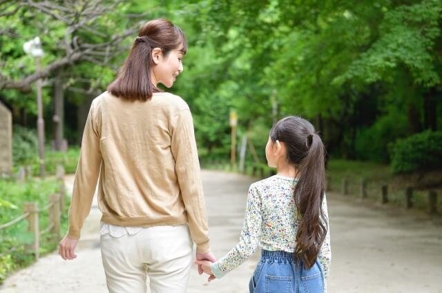 不登校の子供を外に連れ出す方法と注意点|外に出るのが怖い気持ちを理解する
