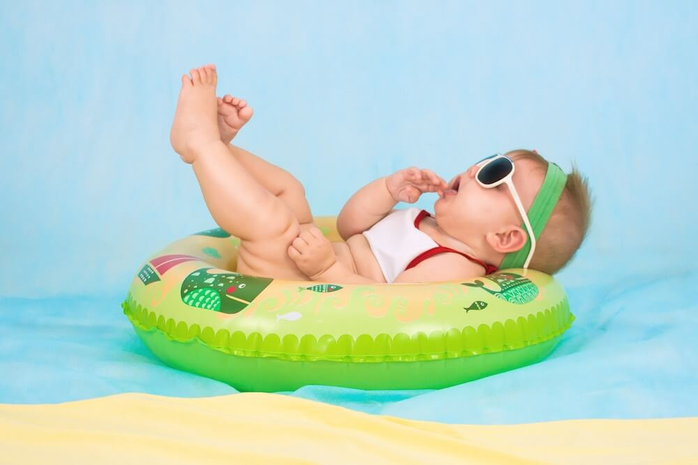 0歳児の赤ちゃんの熱中症対策|真夏の暑さから赤ちゃんを守る方法
